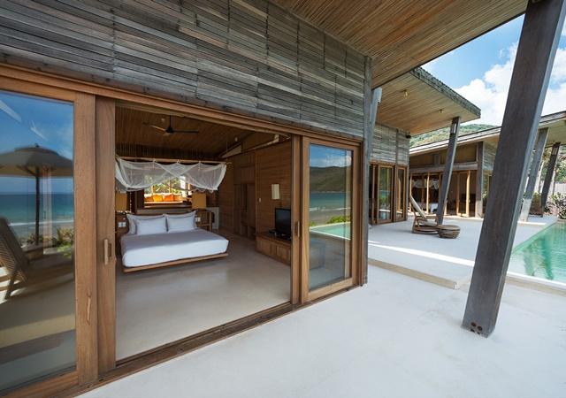 640x450_19_ocean_front_3_bedroom villa-exterior