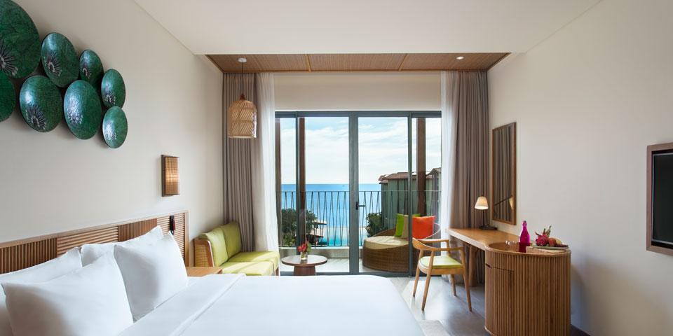 Moonrise-Beach-Resort-Deluxe-Ocean 1