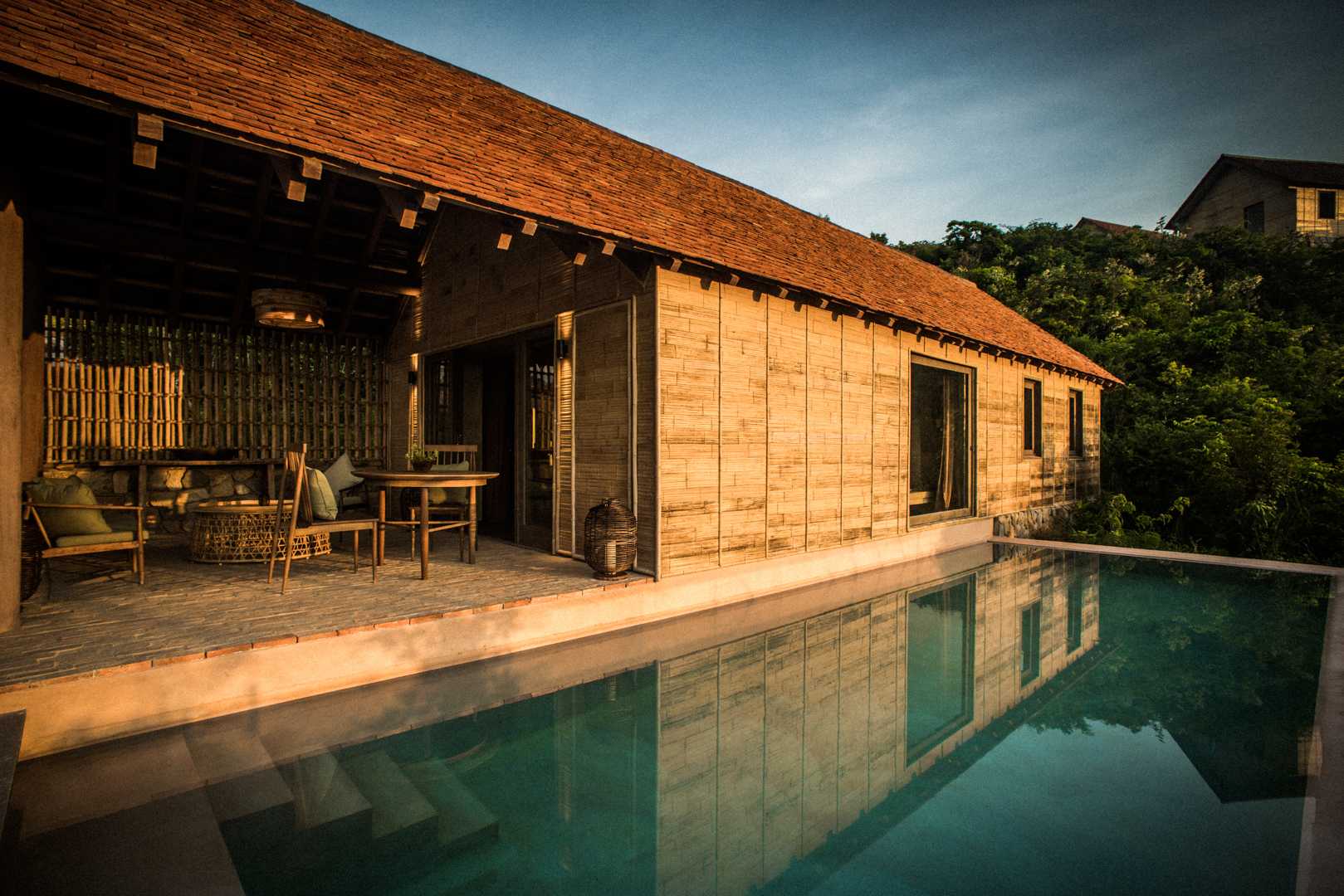 Zannier-Hotels-Bãi-San-Hô-Hill-Pool-Villa-Exterior-2-©-Frederik-Wissink-for-Zannier-Hotels